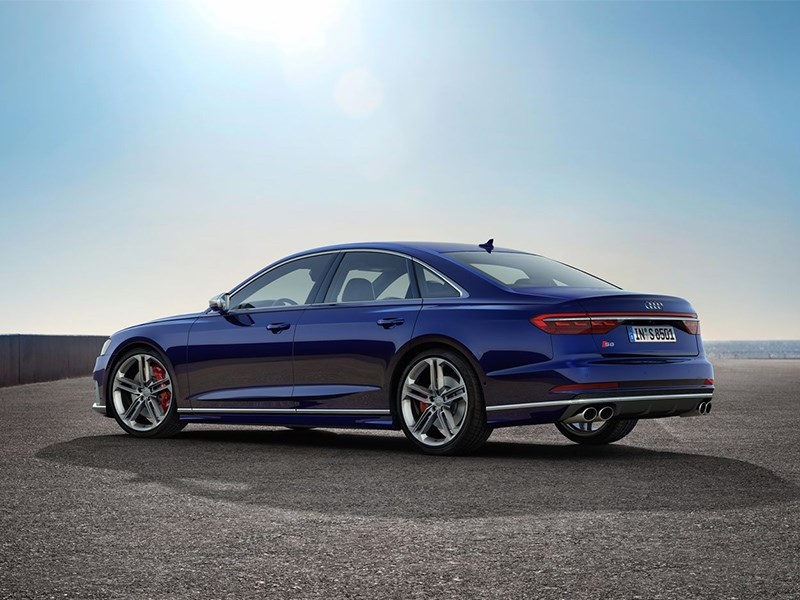 Audi представила спортивный седан S8 Фото Авто Коломна