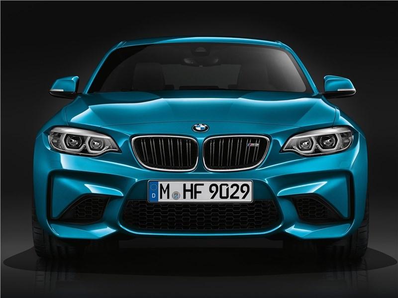 BMW M2 Coupe 2018 вид спереди