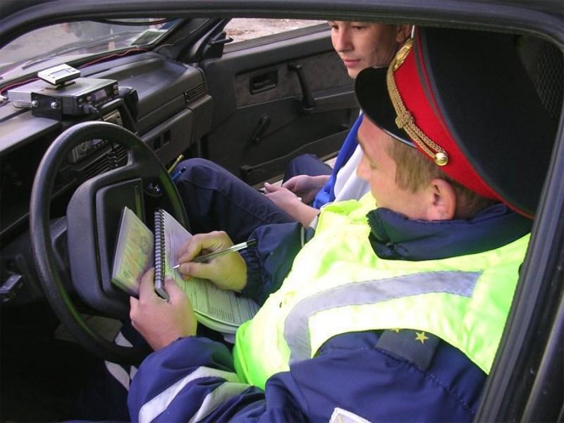 Россияне поддерживают ужесточение штрафов для водителей