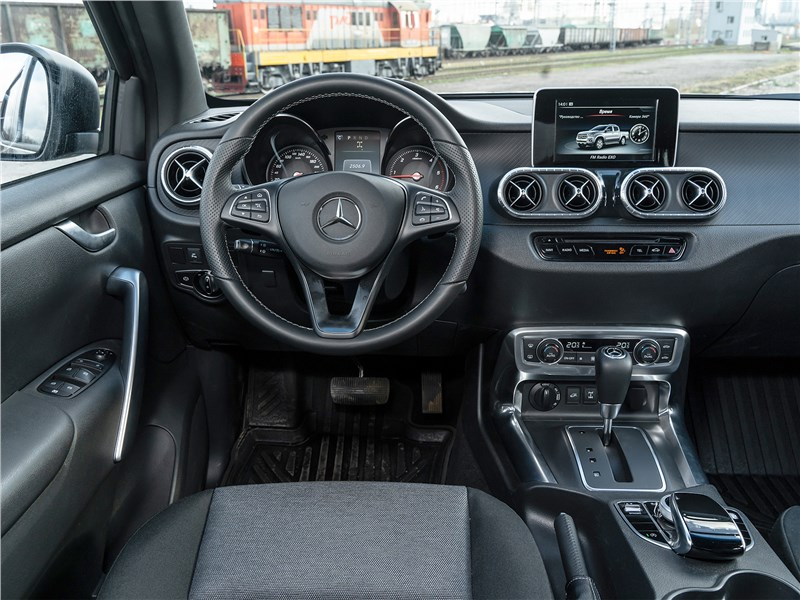 Mercedes-Benz X-Class X 350 d 4Matic AT7 2018 салон