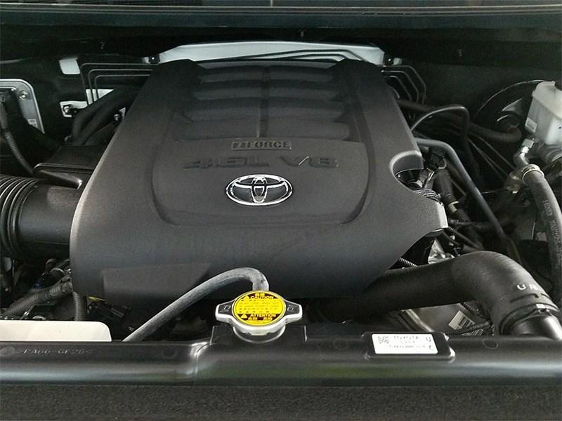 Toyota ведет разработку нового двигателя V8 Фото Авто Коломна