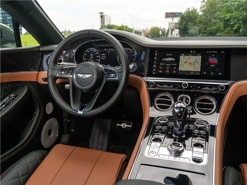 Bentley Continental GT V8 (2020) салон