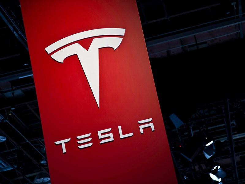 Tesla займется выпуском народного автомобиля