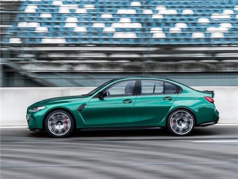 BMW вывела заряженную M3 на Нюрбургринг