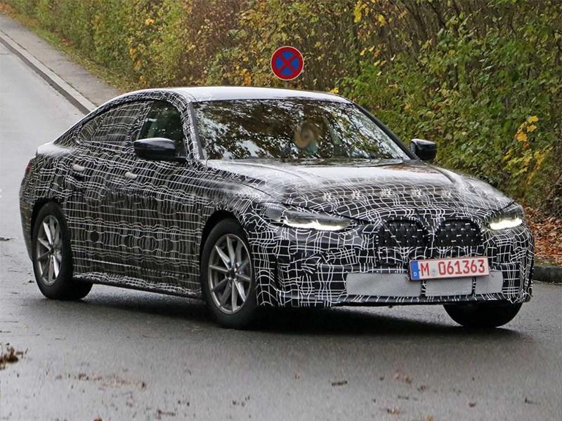Дизайнер BMW пообещал выпустить кое-что красивое