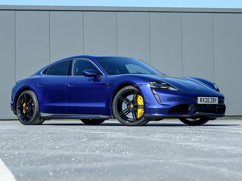В Porsche анонсировали новый Taycan