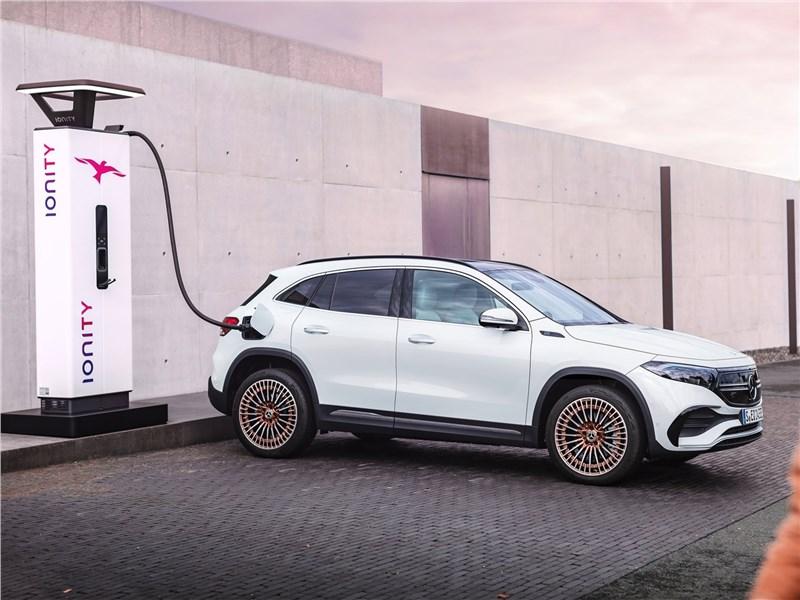 """Все Mercedes-Benz станут """"зелеными"""" к 2025 году"""