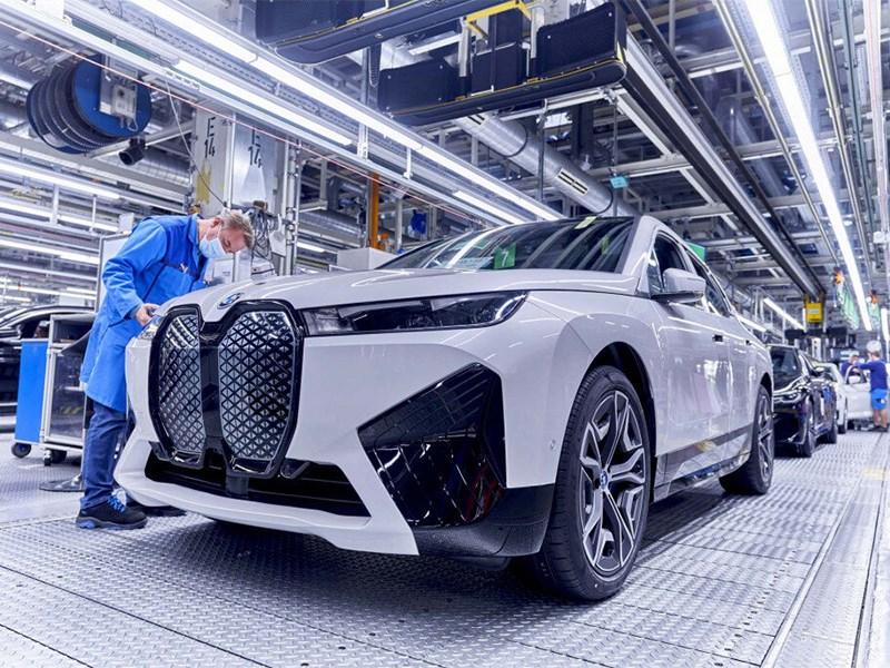 BMW переведет свои автомобили на единую платформу
