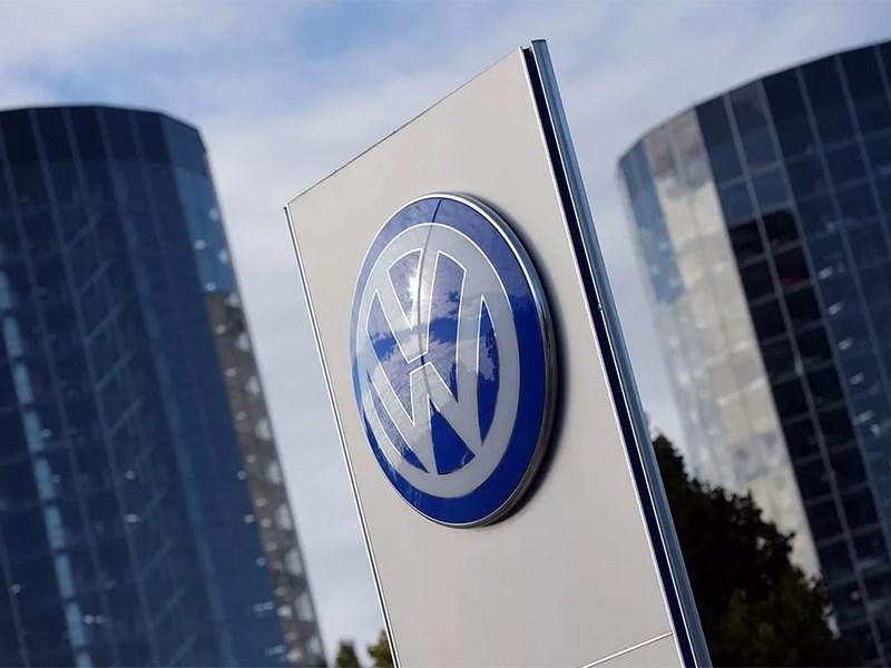 Volkswagen внедряет автопилот с ограничениями