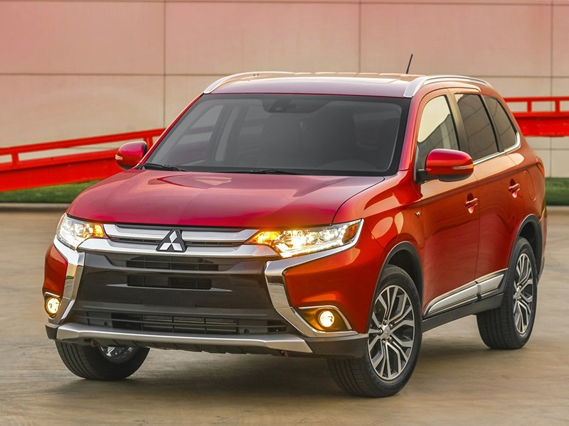 Mitsubishi отзывает Outlander