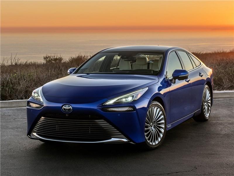 Toyota Mirai установила рекорд пробега