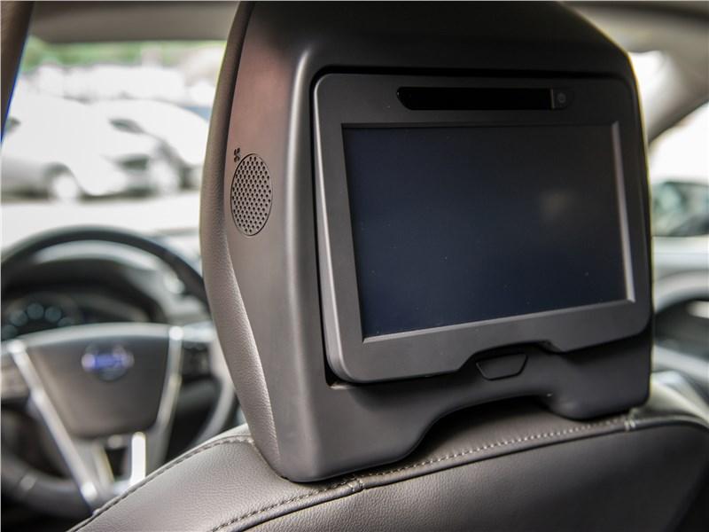 Volvo S80 монитор