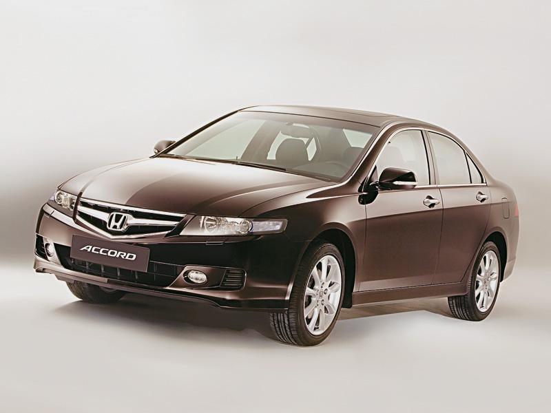Первая четверка (Honda Accord,Mazda 6,Toyota Avensis,VW Passat)