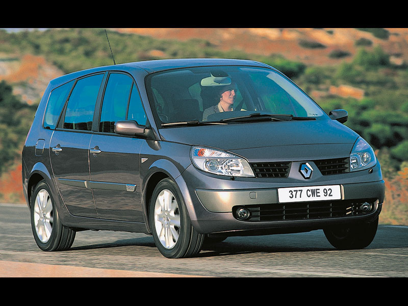 100-процентная практичность (Renault Grand Scenic, Honda Stream, VW Touran)