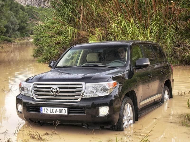 Новый Toyota Land Cruiser - Land Cruiser 200 обрёл новые силы