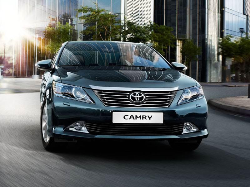 Деловые партнеры (Toyota Camry,Nissan Teana,Skoda Superb) Camry поколение VII