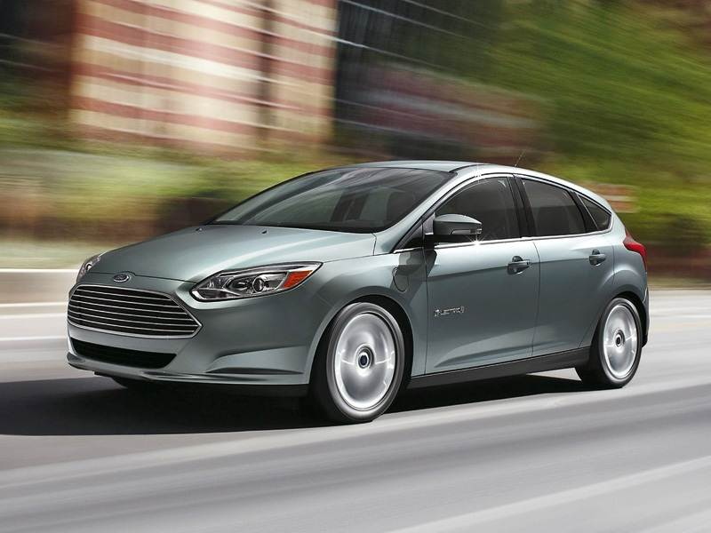 Новый Ford Focus - Розетка для Ford