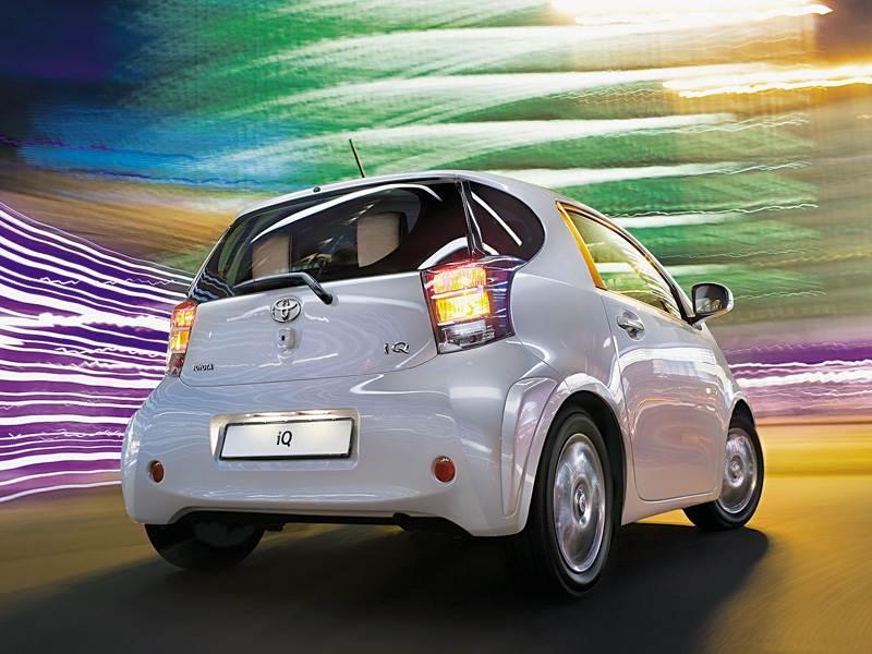 Новый Toyota IQ - Мал, да дорог!