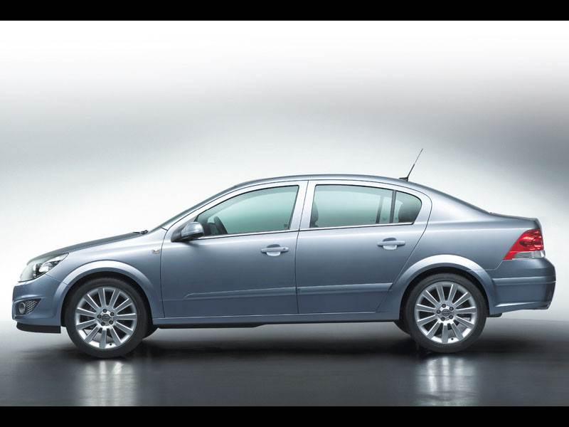"""Новый Opel Astra - Седан """"Astra"""": наконец-то!"""
