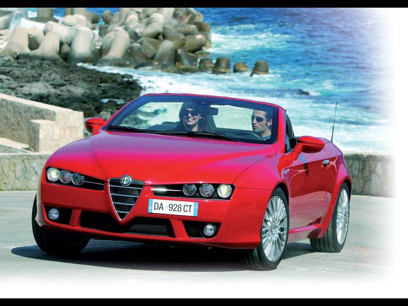 Новый Alfa Romeo Spider - С ветерком!
