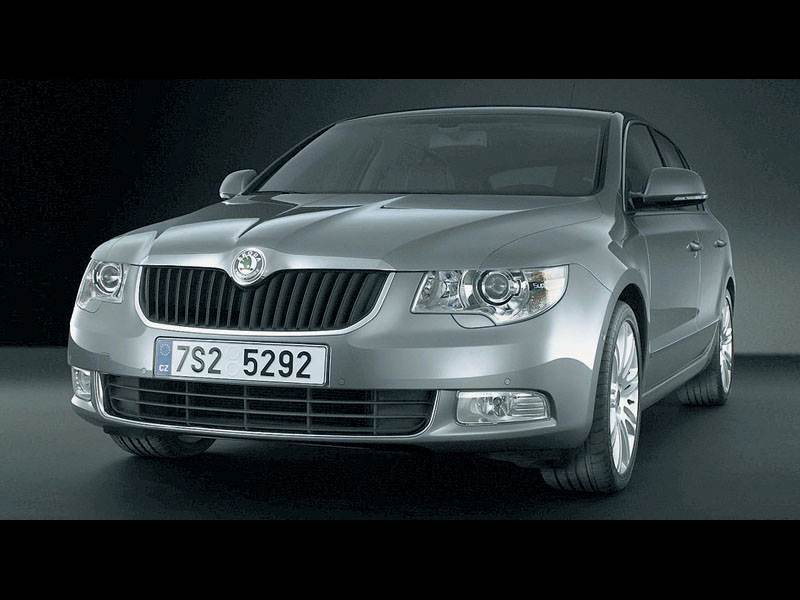 "Новый Skoda Superb - Новая ""Škoda Superb"" рассекречена"