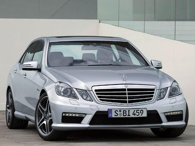 Новый Mercedes-Benz E-Class - Бизнес-седан для гонок