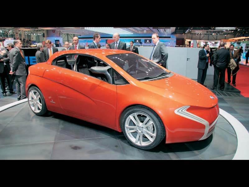 Женевский автосалон 2006: Агрессивная элегантность