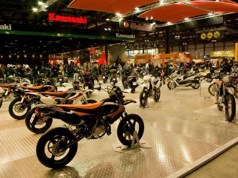 Мотодебюты международной выставки в Милане.