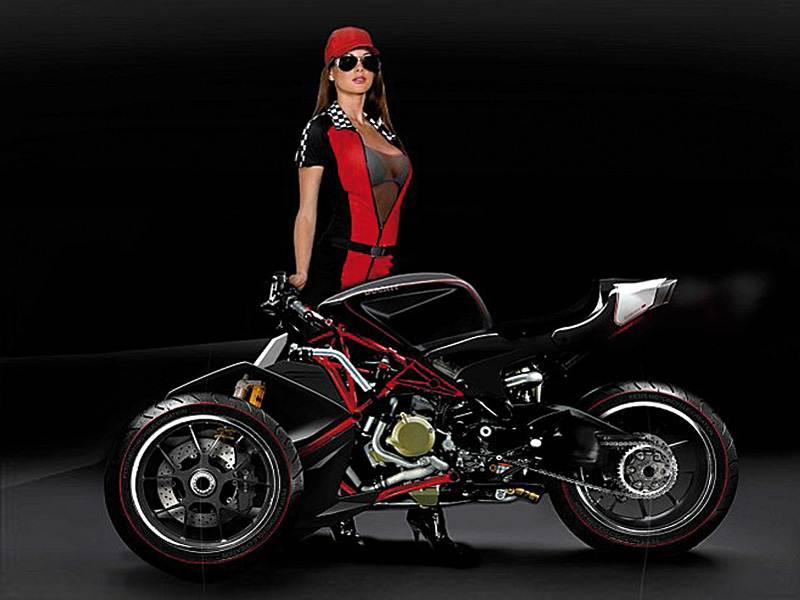 "Трехколесный ""Ducati""."