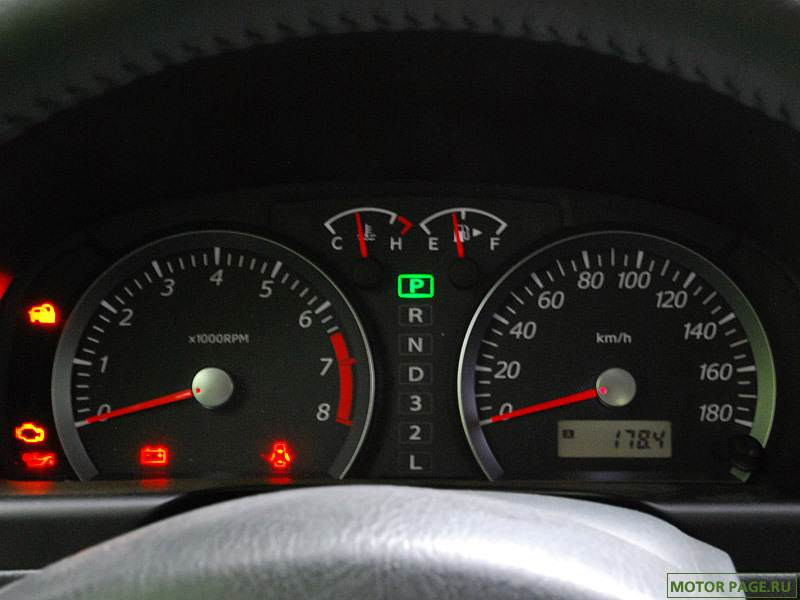 Suzuki Jimny 2004 комбинация приборов