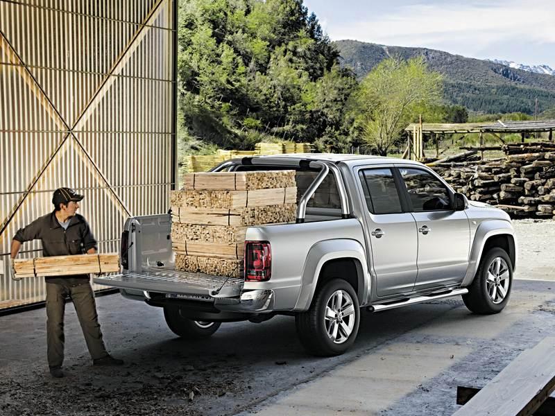 Volkswagen Amarok 2010 может послужить и рабочей лошадкой