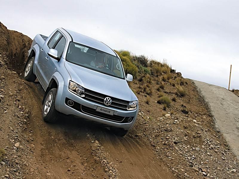 Volkswagen Amarok 2010 тест на уклоне