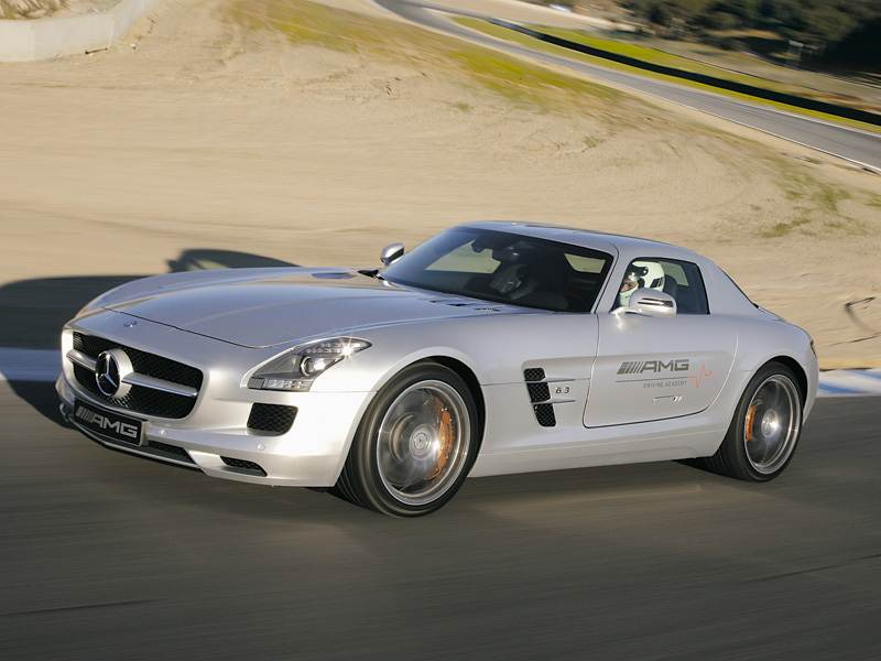 Mercedes-Benz SLS AMG 2013 в динамике