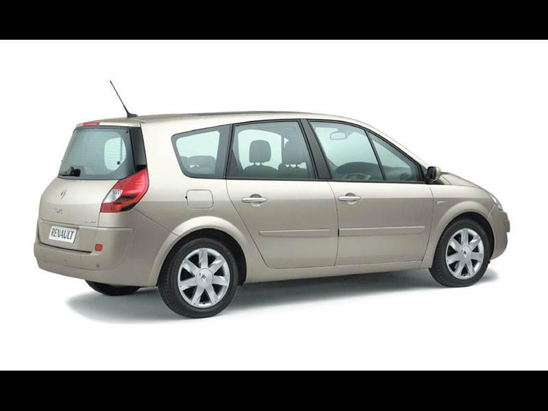 100-процентная практичность (Renault Grand Scenic, Honda Stream, VW Touran) Grand Scenic поколение II
