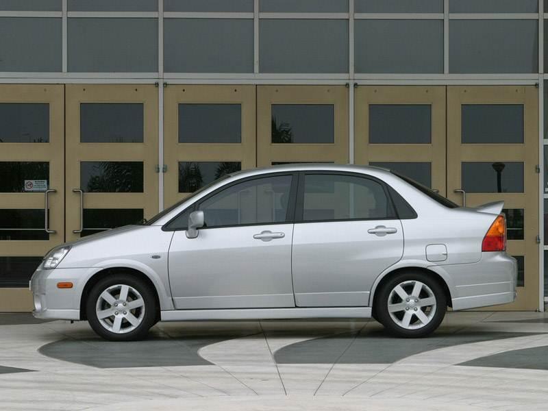 Suzuki Liana седан 2004 вид слева