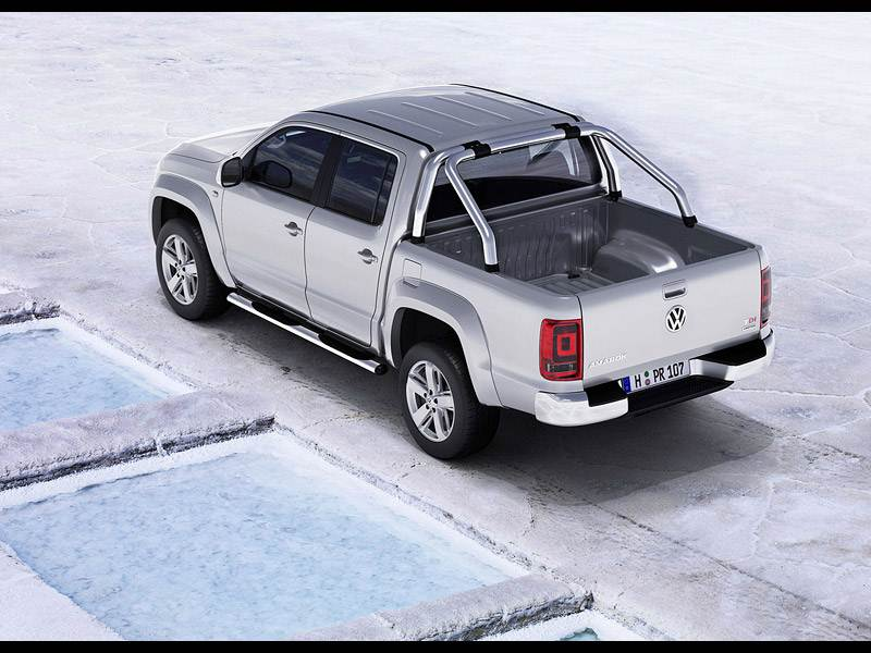 Volkswagen Amarok 2010 может комплектоваться эффектными дугами в спортивном стиле