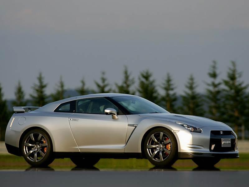 Nissan, GT-R