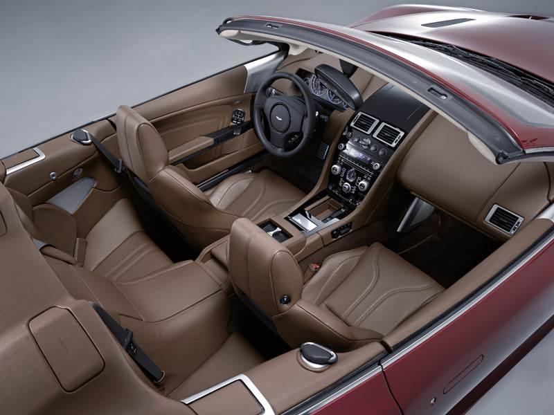 Aston Martin DBS 2009 вид сверху