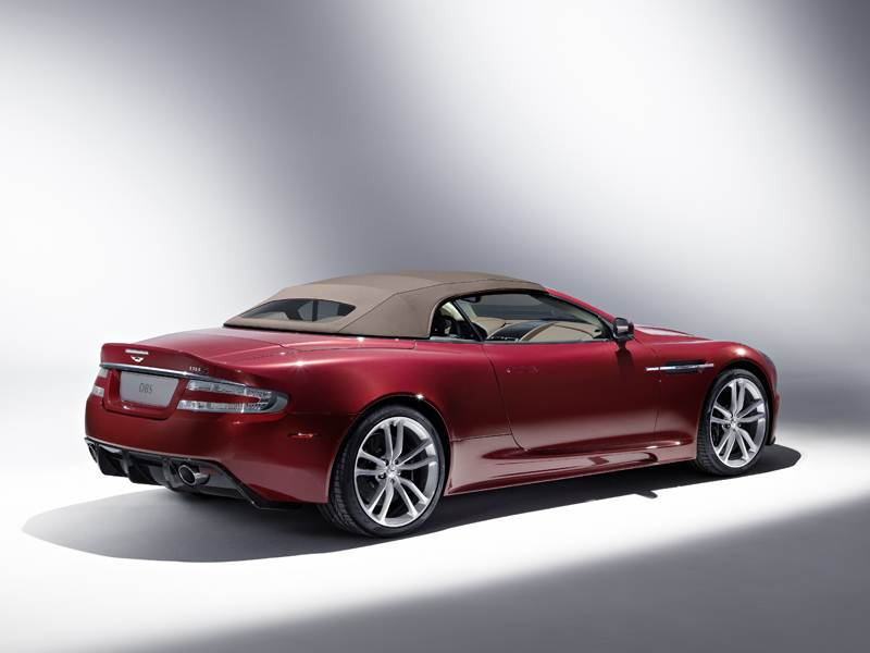 Aston Martin DBS 2009 вид сзади