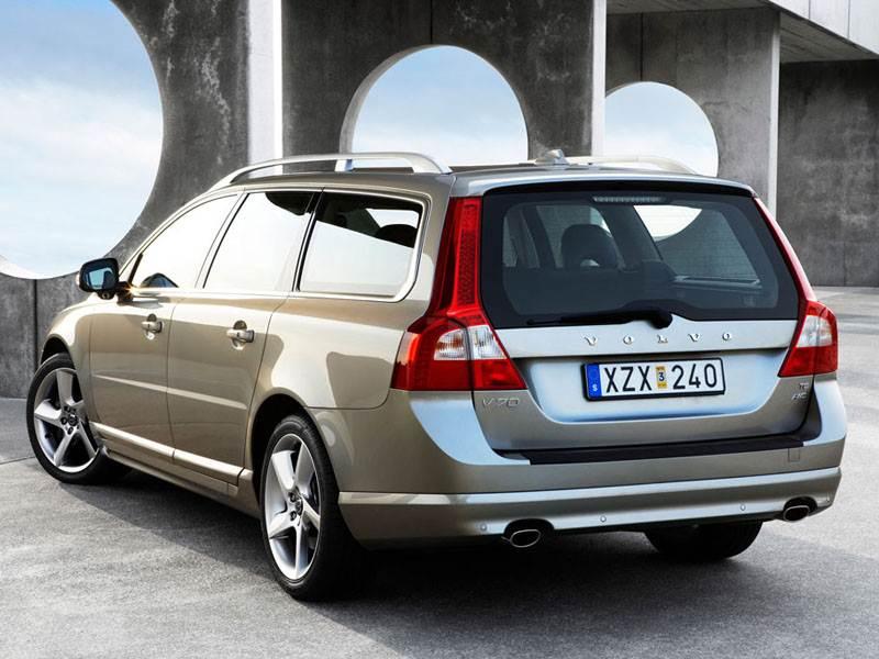 Volvo V70 2007 получил оригинальные задние фонари