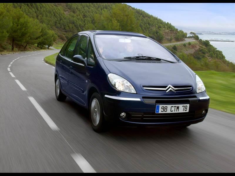 Недорогая универсальность (Renault Scenic, Citroen Xsara Picasso, Fiat Multipla) Xsara Picasso поколение I