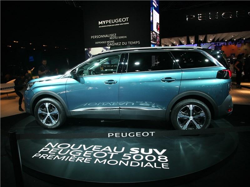 Peugeot 5008 2017 Peugeot делает ставку на SUV
