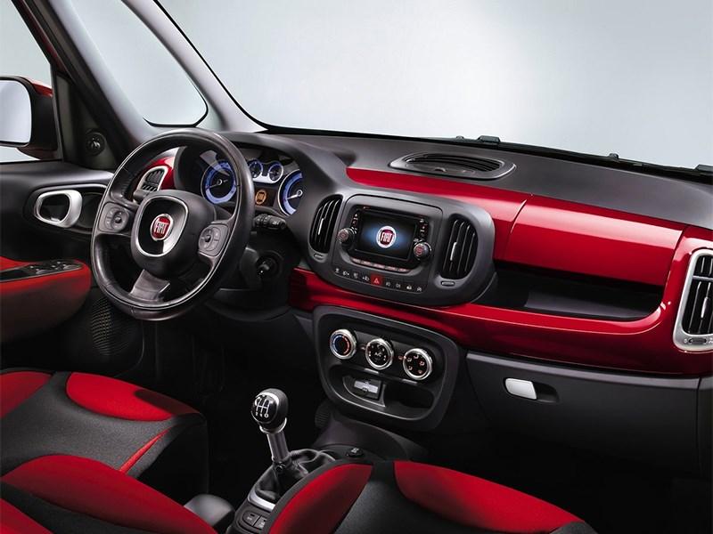 Fiat 500L 2014 салон