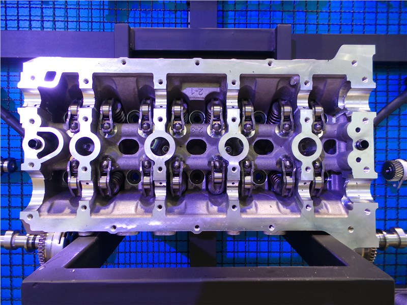 Geely Atlas 2019 двигатель