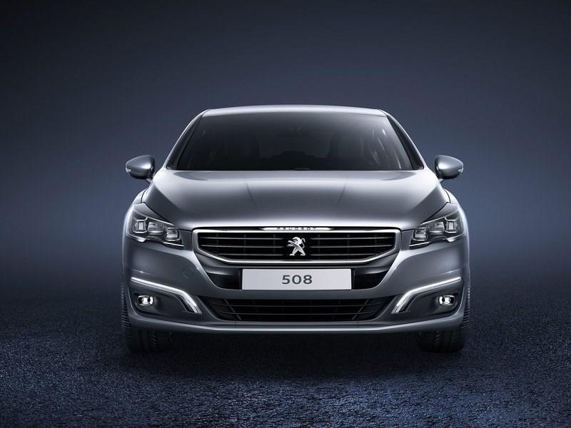 Peugeot 508 2015 вид спереди