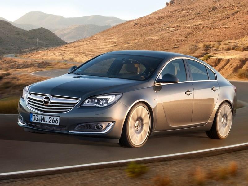 В России начинается прием заказов на обновленный Opel Insignia