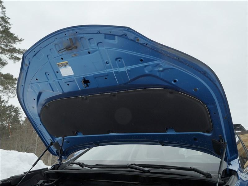 Lexus NX 2018 капот