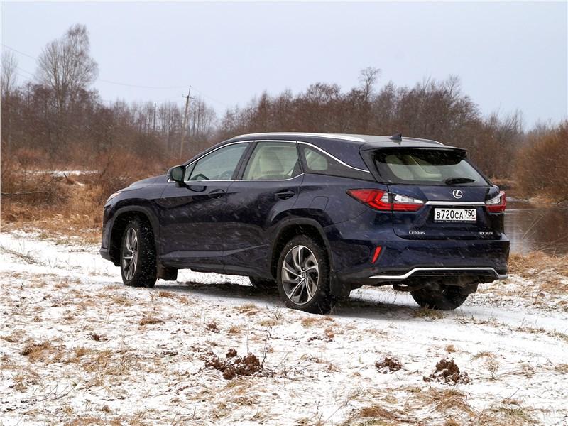 Lexus RX 350L 2018 вид сзади