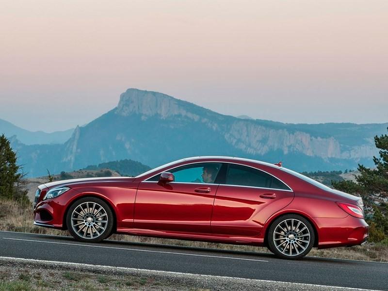 Mercedes-Benz CLS-Klasse 2015 вид сбоку