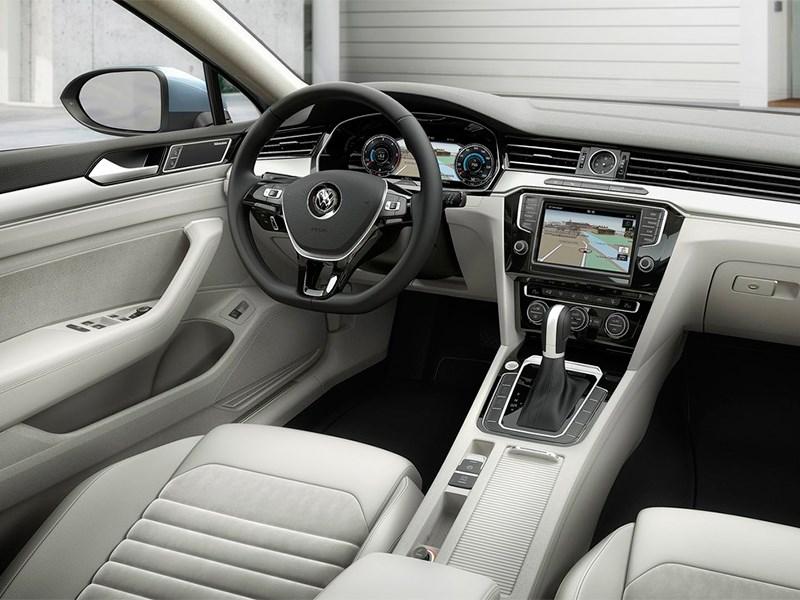 Volkswagen Passat 2015 водительское место